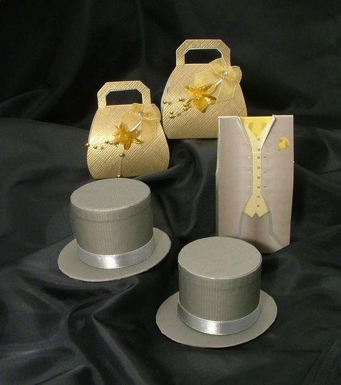 Grey & Gold Favour Boxes