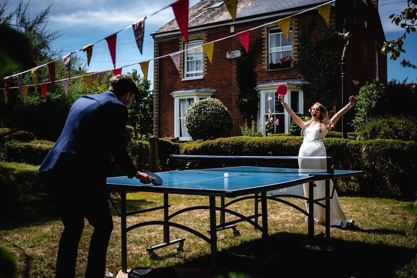Bride wins at table tennis