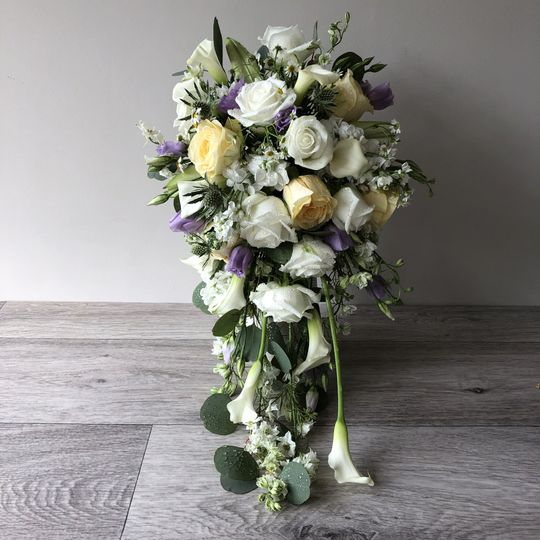 Lemon and Ivory shower bouquet