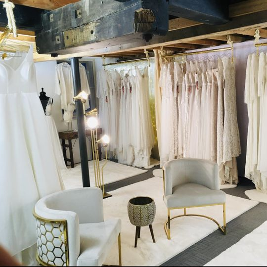 Bridalwear Shop YES Bridal Studio 1