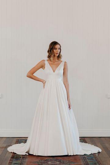 Bridalwear Shop YES Bridal Studio 47