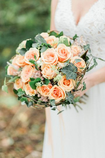 Peach & Willow Bouquet