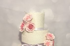 White Rose Wedding Cakes