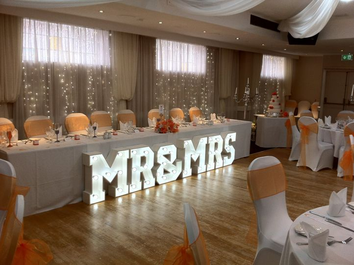 2ft Mr&Mrs Led Letters