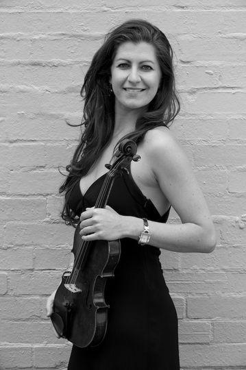Julia - Violin