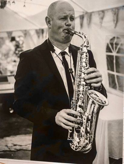 Music and DJs The Wedding Saxophonist 3
