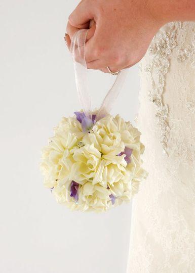 A white pomander bouquet