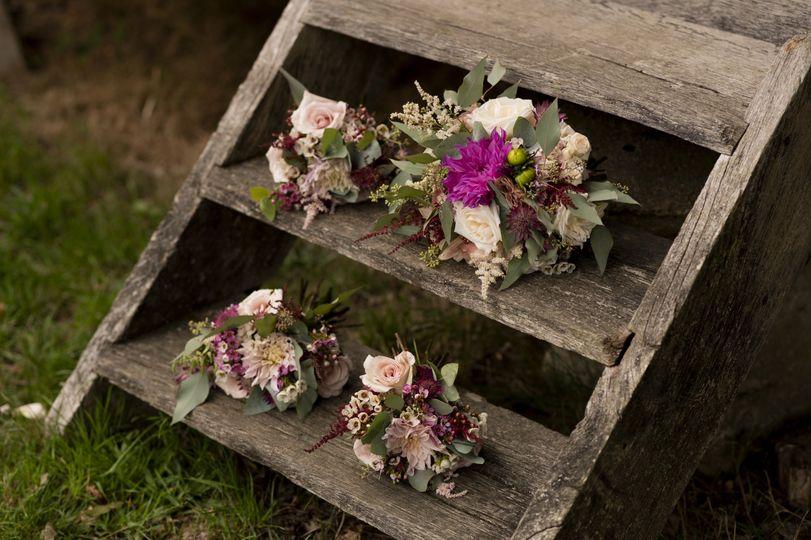 August barn wedding in Surrey.