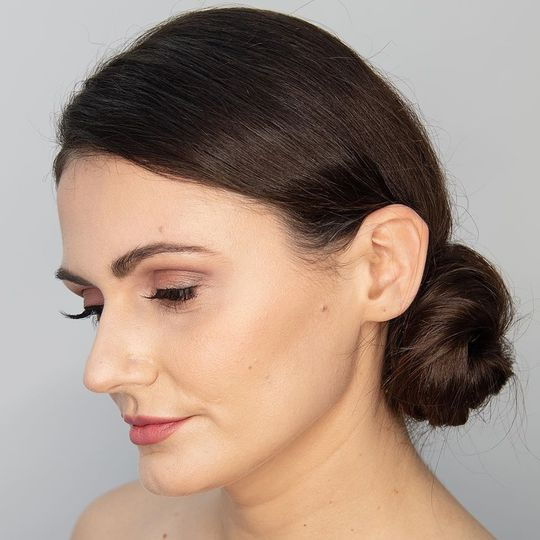 Classic updo and subtle makeup