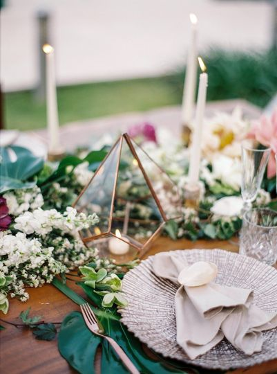Place setting and table decor