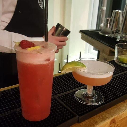 Mobile Bar Services Liquor & Lime Cocktail Bar 9