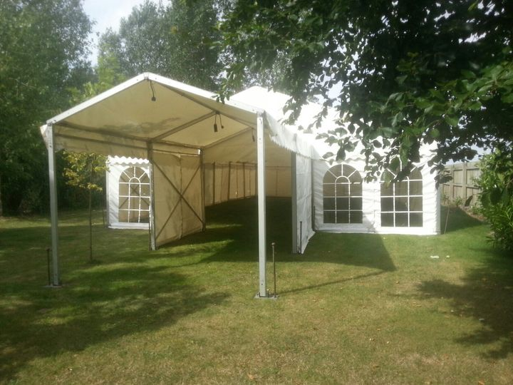Marquee with porch