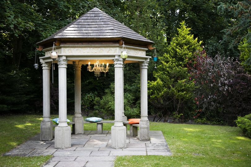 Outdoor Gazebo @ The Casa Hotel, Yateley