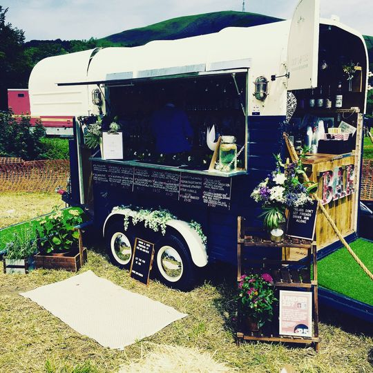 Mobile Bar Services Adams & Rose Purveyors of Fine Gin & Rum 8
