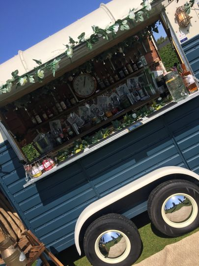 Mobile Bar Services Adams & Rose Purveyors of Fine Gin & Rum 9