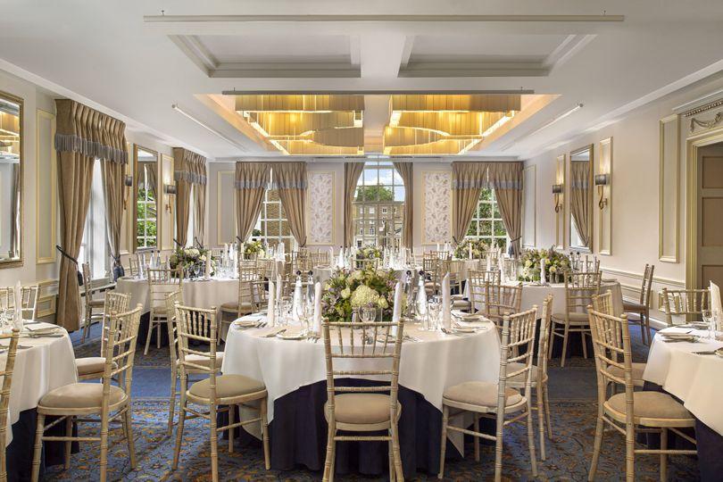 johnnie walker round table wedding dinner 4 191583 160086415280566