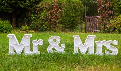 The Perfect Wedding Hire 1