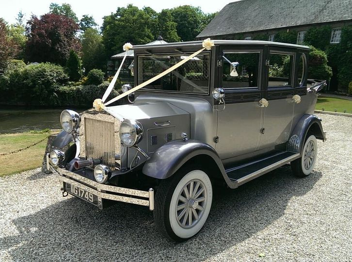 Imperial 7 Seat Wedding Limousine
