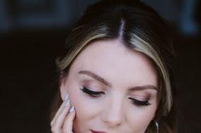 Jessica Short Hair & Makeup