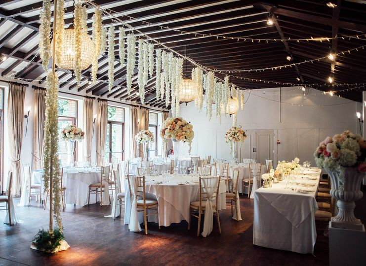Woodhall Manor Ballroom decor