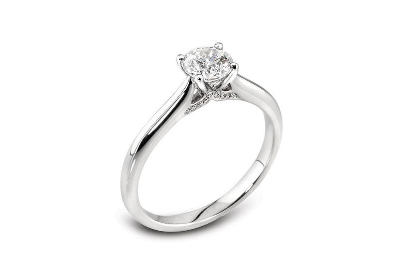 Béo Diamond Kiss Ring