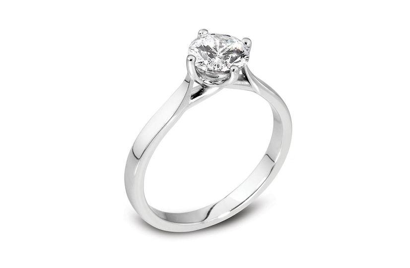 Béo Compass Engagement Ring