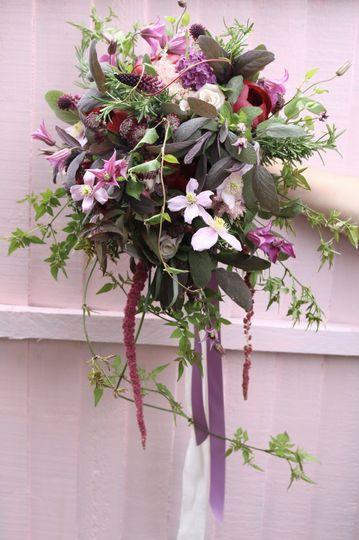 Florist Blooming Brilliance 25