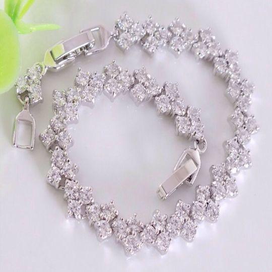 Sterling silver vogue full superb cubic zirconia bracelet
