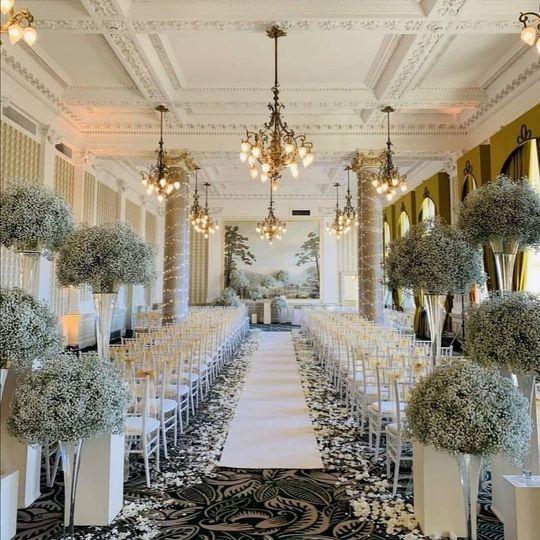 Luxurious ceremony