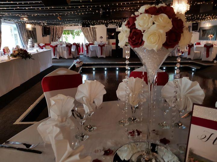 Martini Rose Dome Centrepiece