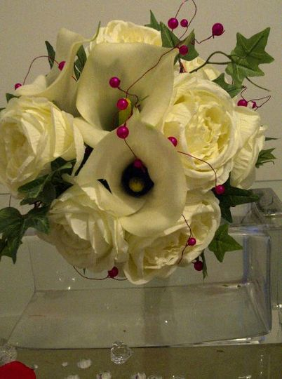 Elegant Bouquet of Roses and Calla, With Added Hot Pink Beading