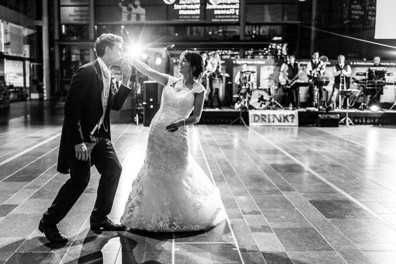 On the dance floor - Sacha Miller Photographer