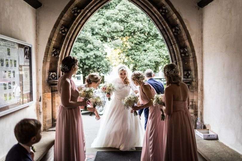 Bride and bridesmaids - Sacha Miller Photographer