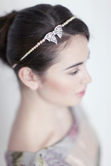 Art Deco bow band