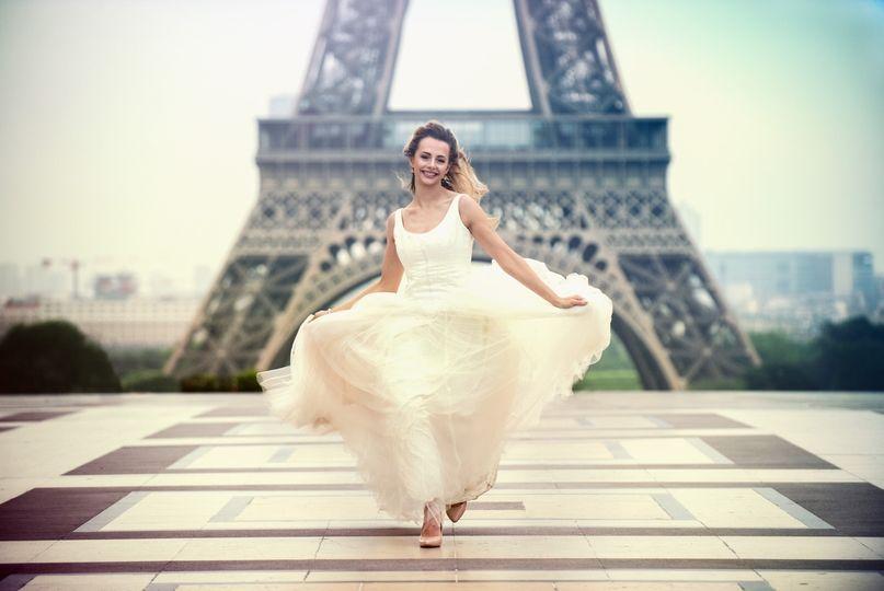 Ayla Paris