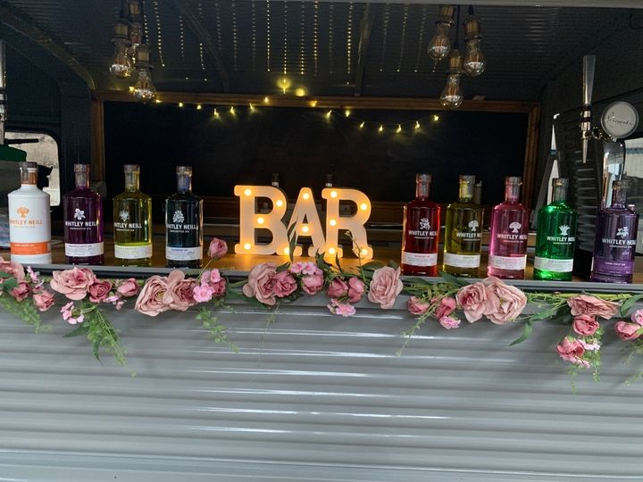 Mobile Bar Services On Cloud Wine Bar 5