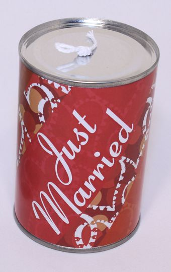 'Just Married' tin