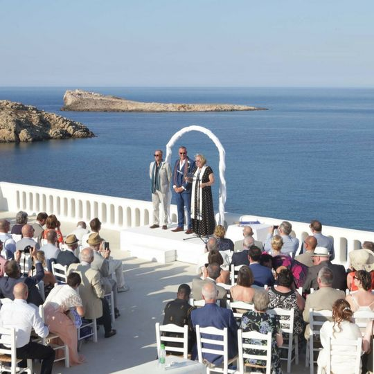 Beautiful wedding in mykonos