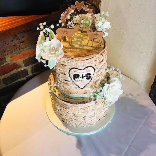 Rustic woodland themed cake