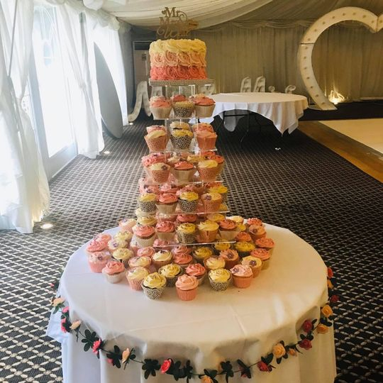 Pink ombré cupcake tower