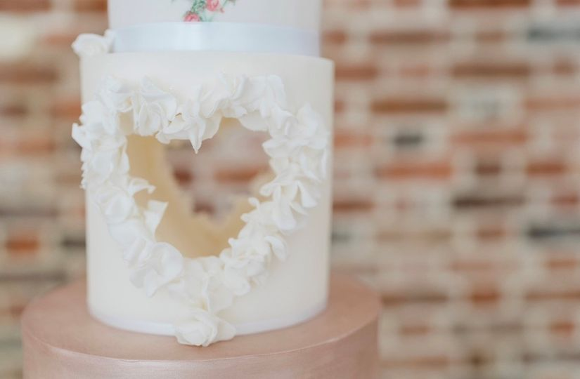 Cut-out heart cake