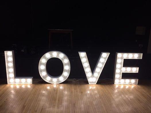 White 1m LOVE lights