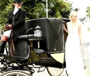 Elegant bridal carriage