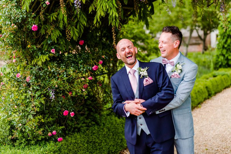 Photographers Christopher Bunce Photography - Capturing laughter