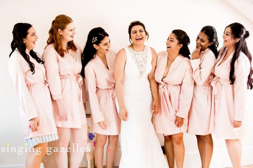 Bride and bridesmaids - Singing gazelles