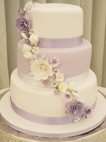 White & lilac sugar flowers