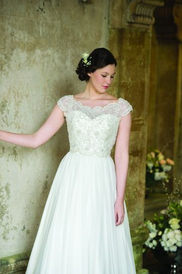 Symphony wedding gown