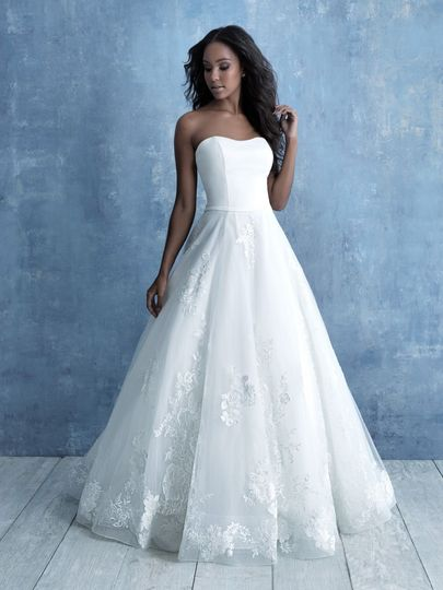 Allure Bridals - 9724