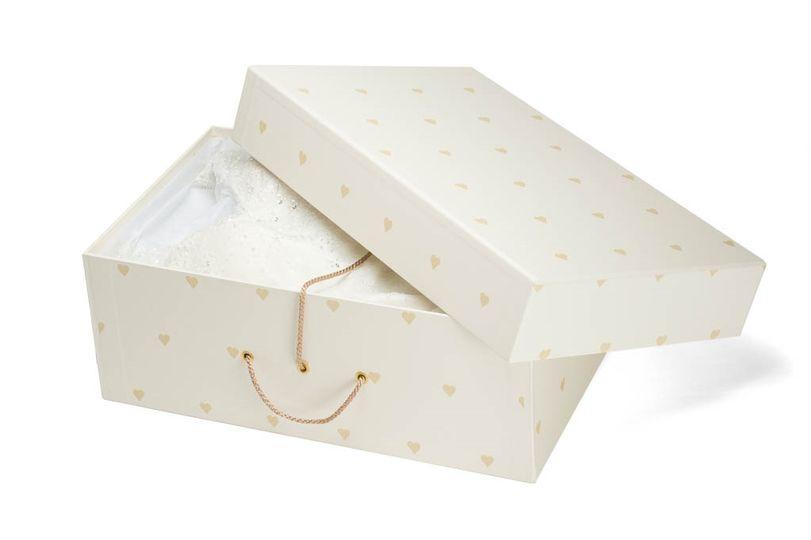 Destination wedding dress box