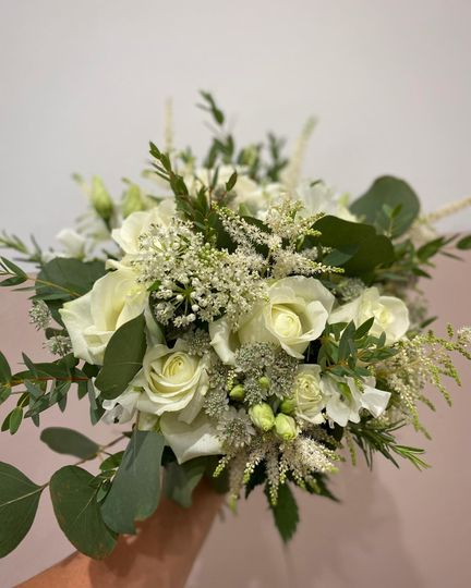 All white brides bouquet